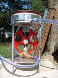Двигатель стирлинга солнечный